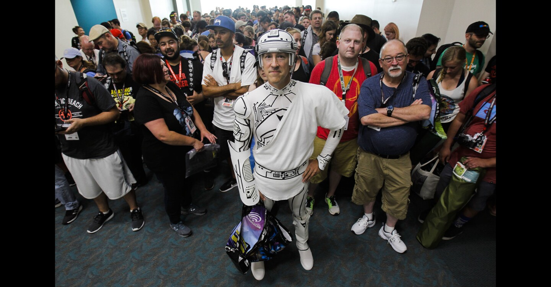 Comic-Con Preview Night
