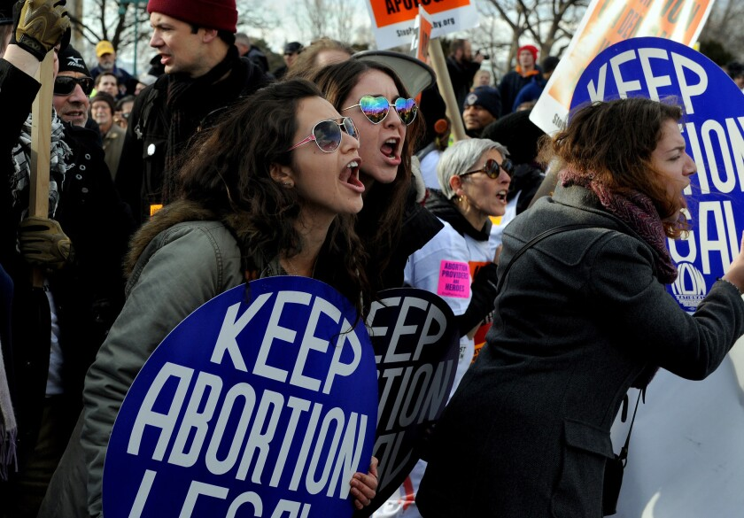 Thousands of anti-abortion protestors and abortion supporters rallied on the mall and marched up to the Supreme Court to show their displeasure with the Roe V Wade decision.