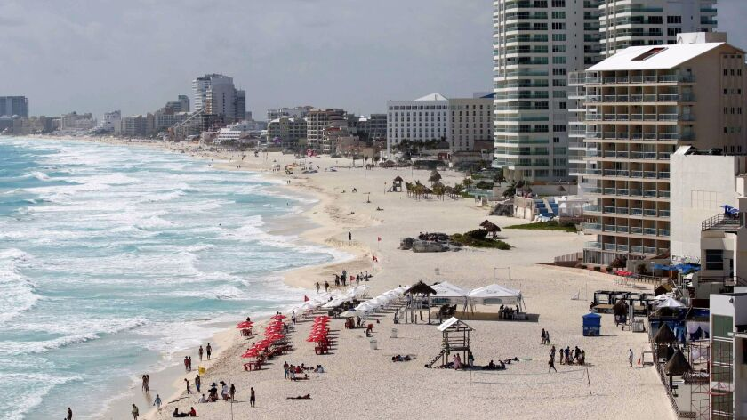 Spring break travelers love to visit the beaches of Cancun, Mexico, which may be the No. 1 destination for U.S. partiers in 2017, Allianz says.