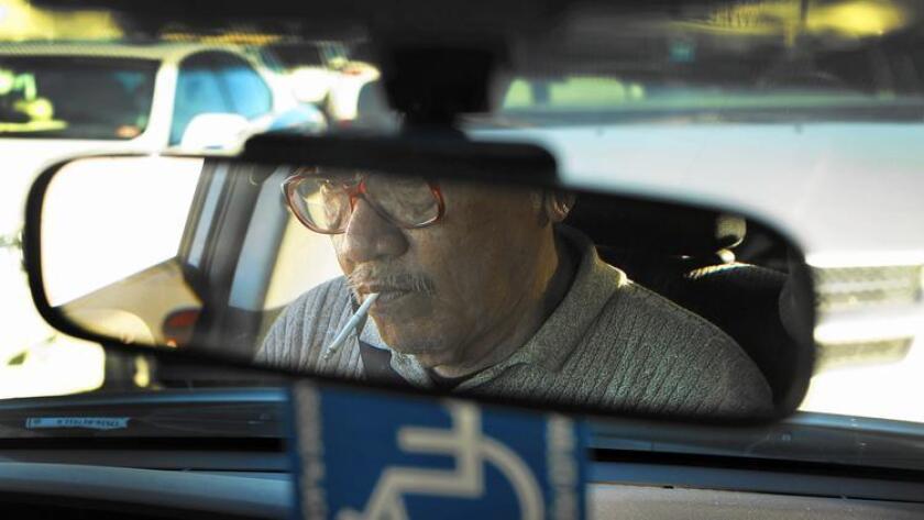 El taxista Long Hoang Ma fue secuestrado y obligado a conduicir a los tres prófugos de la cárcel del condado Orange, durante el curso de varios días.