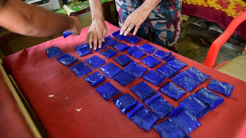 TOPSHOT-BANGLADESH-MYANMAR-ROHINGYA-UNREST-CRIME-DRUGS