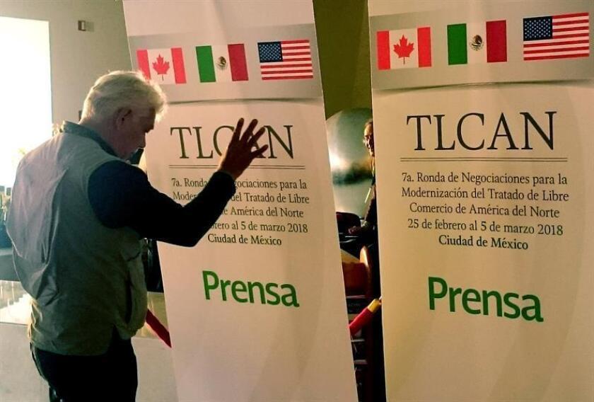 Este 16 de agosto se cumple un año del inicio de las negociaciones del Tratado de Libre Comercio de América del Norte (TLCAN), una montaña rusa que ha llevado a choques entre Canadá, México y especialmente Estados Unidos, país que ha amenazado en abandonar este convenio comercial en vigor desde 1994. EFE/Archivo