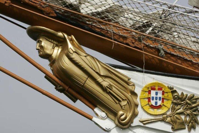 Detail of the gold golden bowsprit on the Sagres.