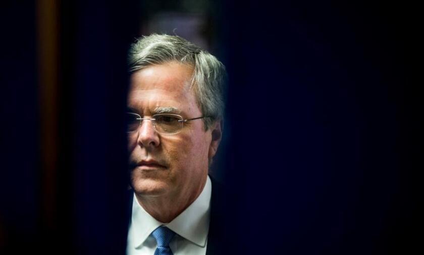 Tras el cierre de urnas y la proclamada victoria del magnate Donald Trump, Jeb Bush se dirigió a sus seguidores para agradecerles sus esfuerzos, llamando a decenas de miles de puertas durante los últimos días.