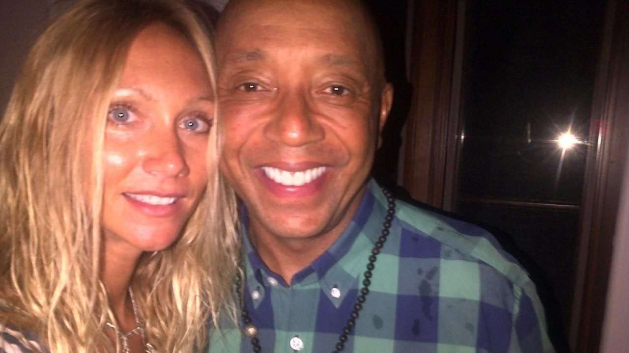 Russell Simmons Is Sued For Allegedly Raping A Documentary Filmmaker In 2016 Los Angeles Times