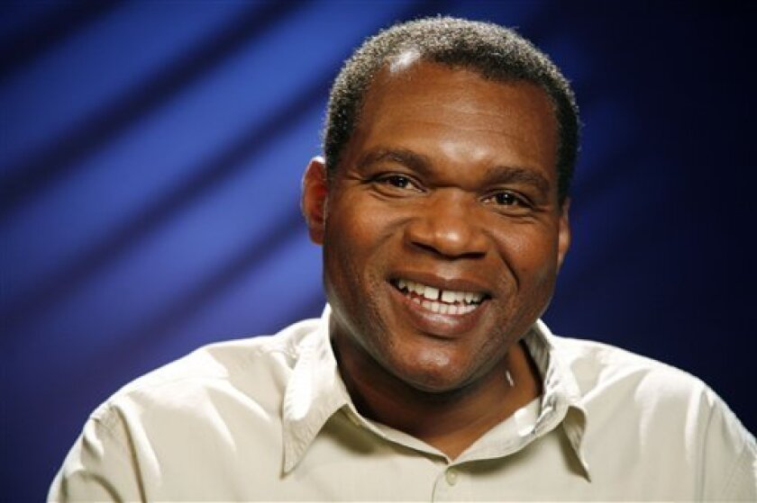 Recording artist Robert Cray poses for a portrait Tuesday, Aug. 18, 2009 in New York.  (AP Photo/Jeff Christensen)