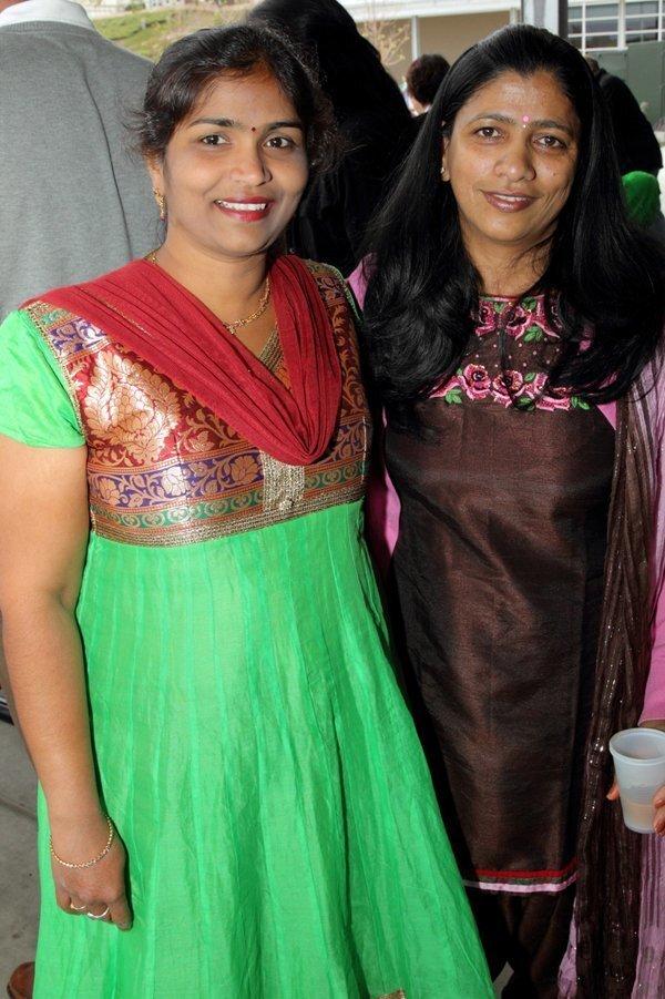 Sira Thoantepu, Aditi Sinha
