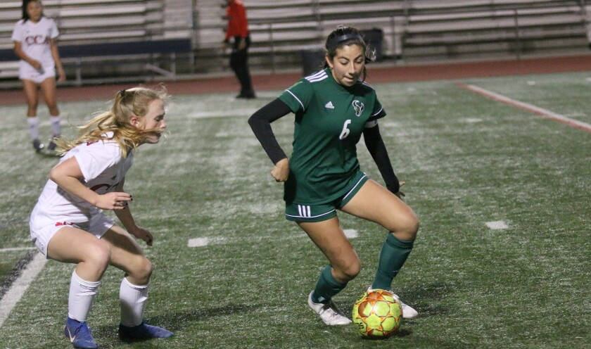 Lorena Villa recorded a goal and an assist for the Mavericks.
