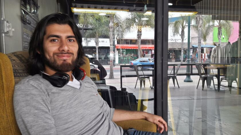 Ulises Leal, who studies philosophy at San Diego State University, is a BorderClick participant.
