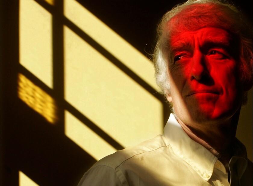"Roger Deakins will photograph Alcon Entertainment's ""Blade Runner"" sequel."