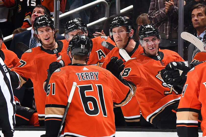 Ducks continue to defy expectations with impressive performance against Hurricanes