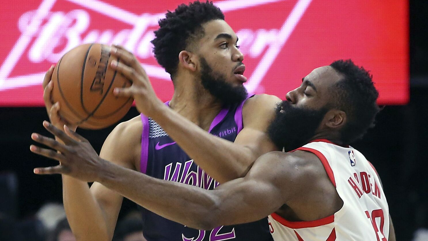NBA notes: Karl-Anthony Towns misses first game in his career - Los Angeles Times