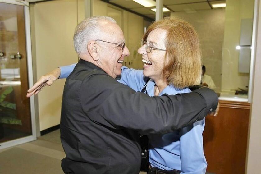 Genis returns to City Hall