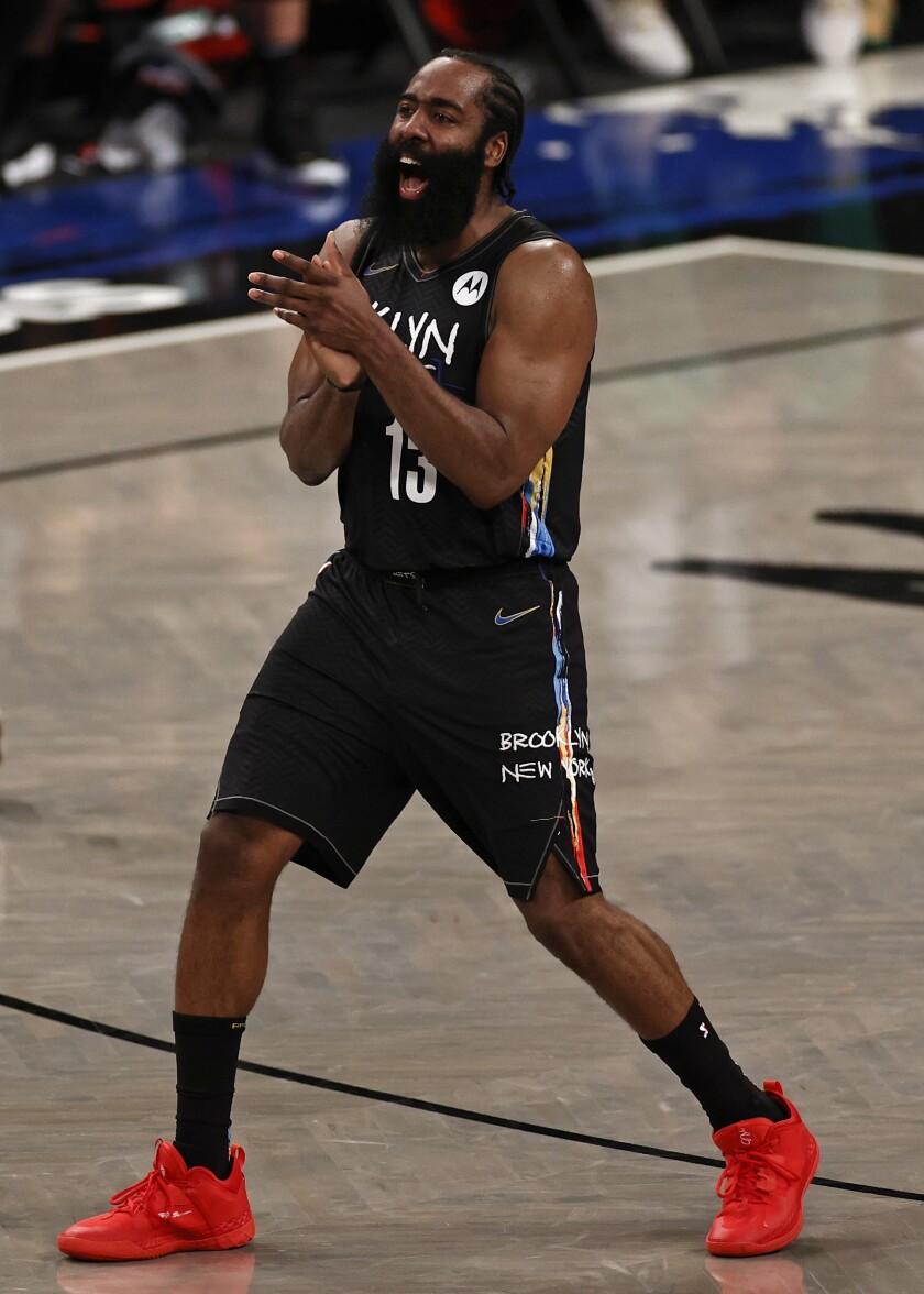 En foto del martes 1 de junio del 2021, el base de los Nets de Brooklyn James Harden en el juego 5.
