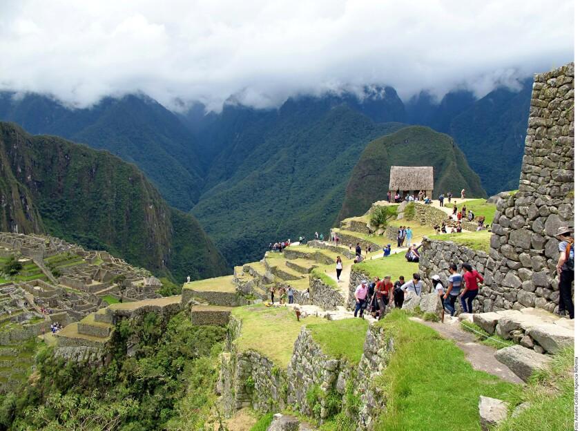 Machu Pichu es una de las zonas prehispanicas de mayor flujo de turistas en el mundo.