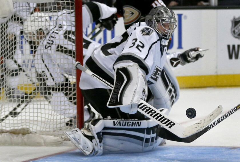 lat-sp-jonathan-quick-kings-la0041955203-20161214
