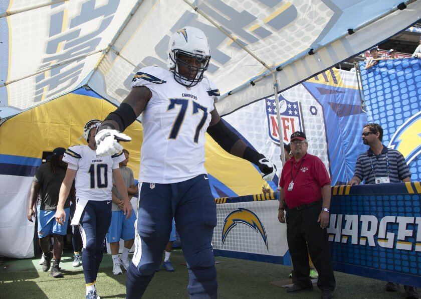 The San Diego Chargers vs. The Jacksonville Jaguars at Qualcomm Stadium.San Diego Chargers tackle King Dunlap (77).