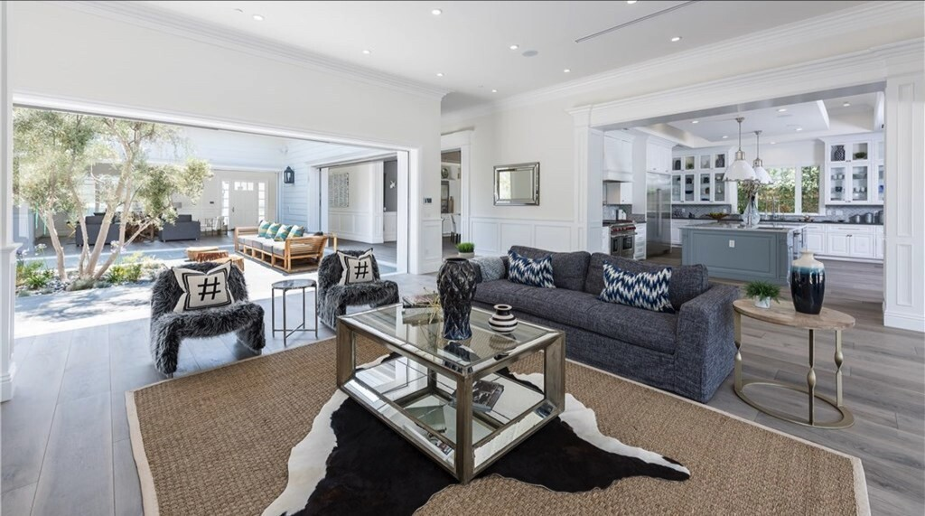 James Farrior's Tarzana home | Hot Property