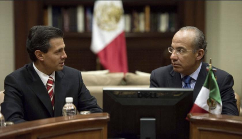 Enrique Peña Nieto (i), actual presidente de México, y su antecesor, Felipe Calderón.