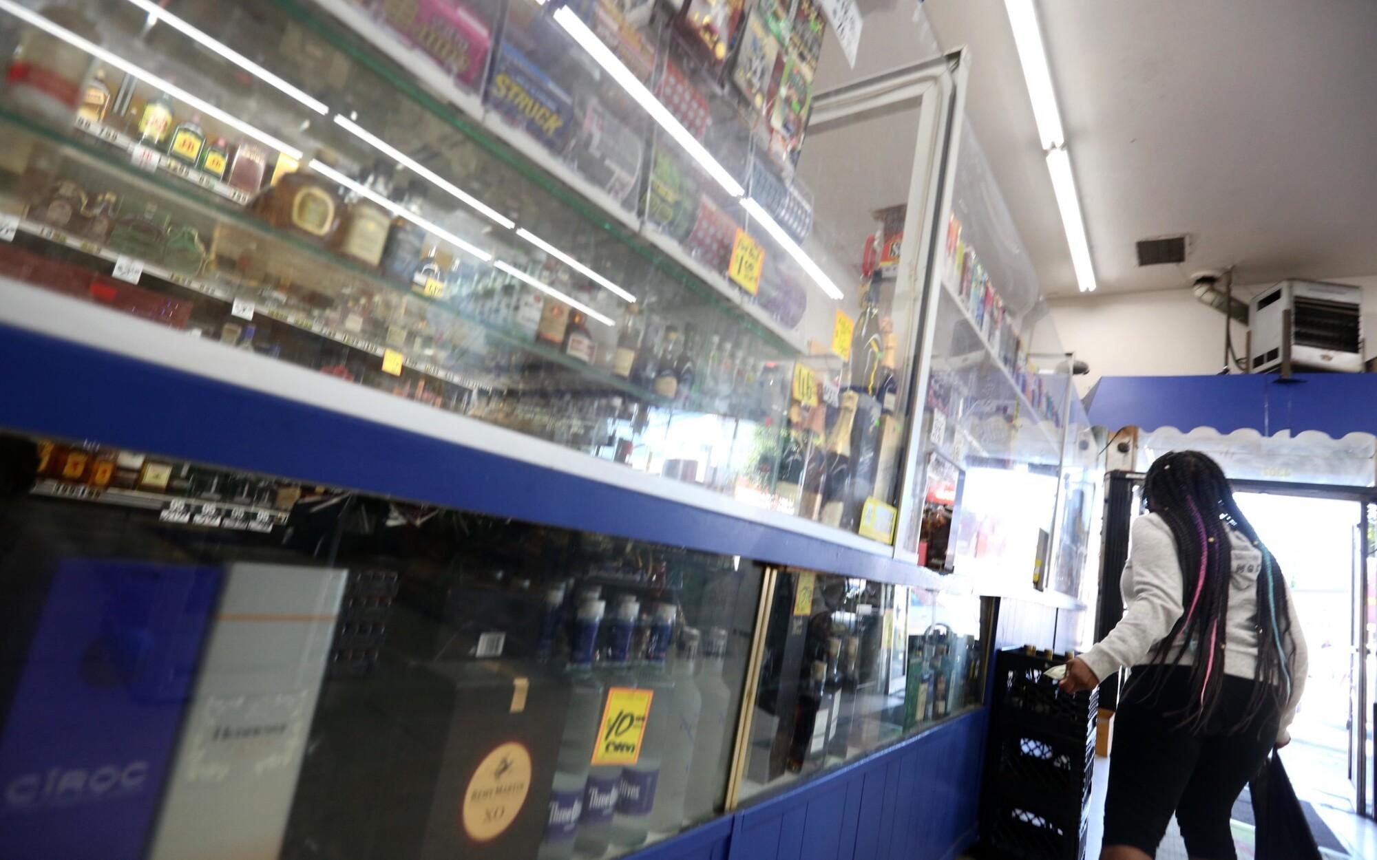 Korean liquor store. Black neighborhood. A quarter century after the riots, misgivings still run deep - Los Angeles Times