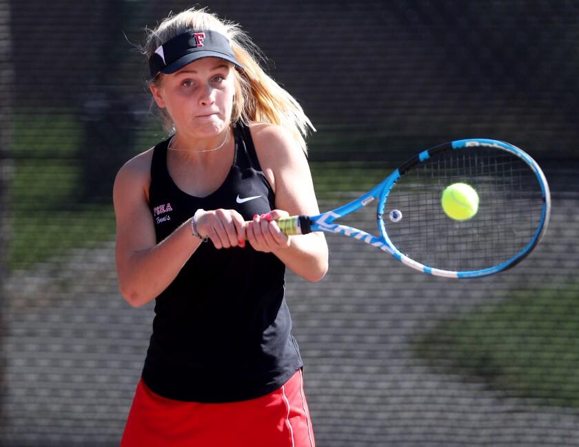 tn-gnp-sp-sacred-heart-tennis-20191008-6