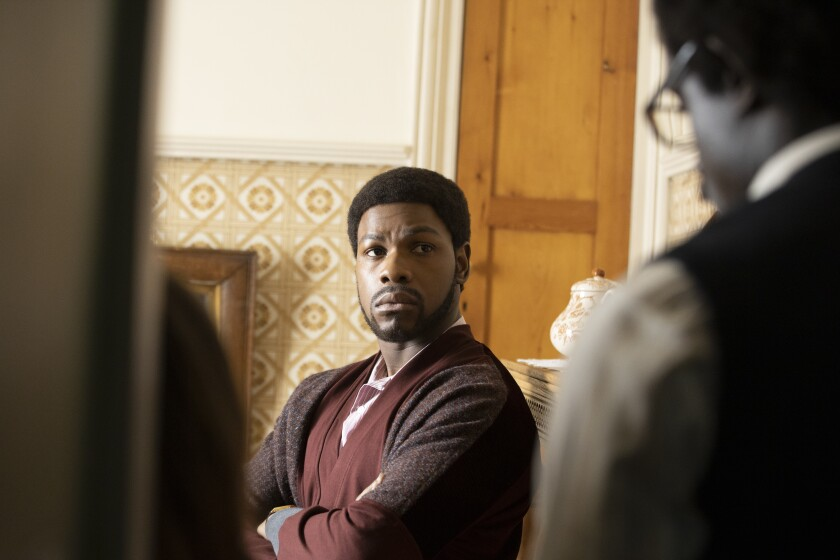 """John Boyega en una escena de """"Red, White and Blue"""" en una imagen proporcionada por Amazon Studios."""