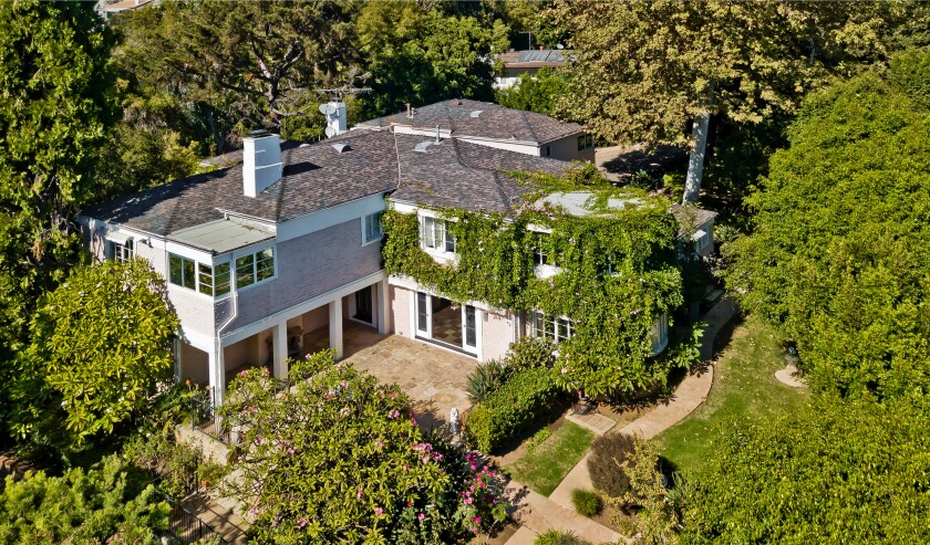 Built in 1933, the Streamline Moderne-style home holds six bedrooms and seven bathrooms in just over 7,000 square feet.