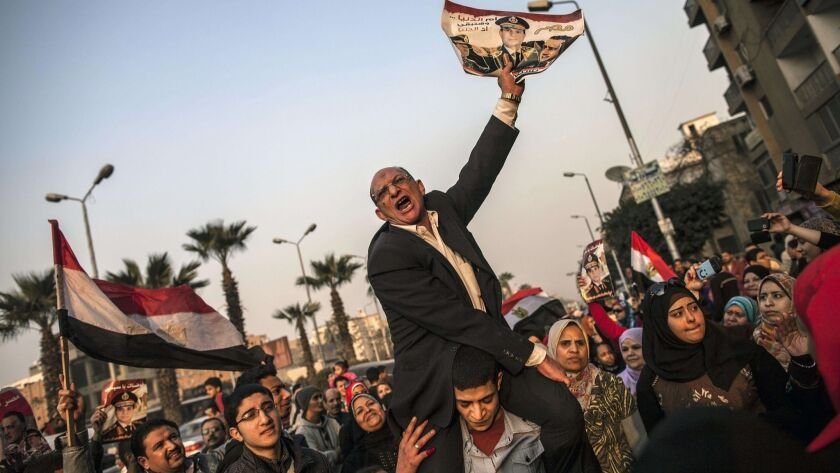 TOPSHOTS-EGYPT-POLITICS-UNREST-VOTE