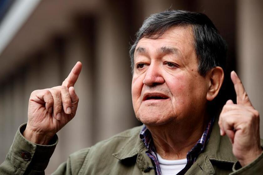 Fotografía del 25 de septiembre de 2018 del escritor y activista Joel Ortega, durante una entrevista con Efe en Ciudad de México (México). EFE