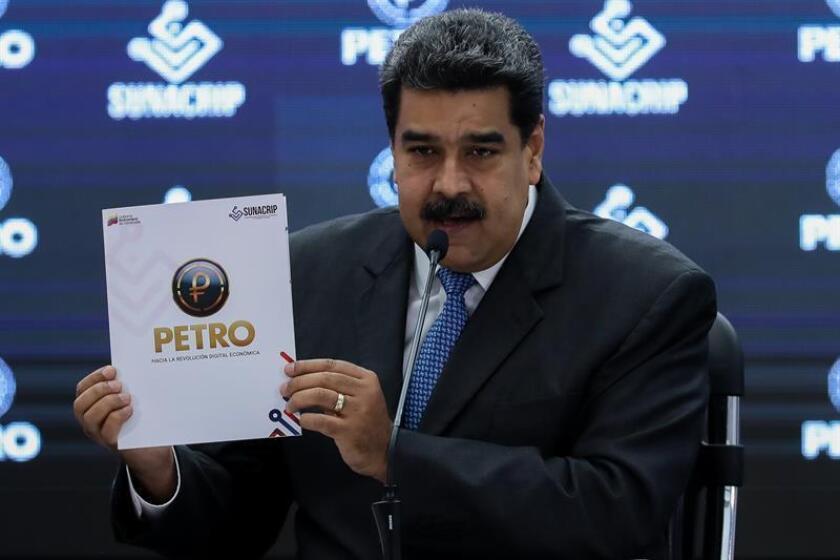 El presidente de Venezuela, Nicolás Maduro, habla durante una rueda de prensa. EFE/Archivo
