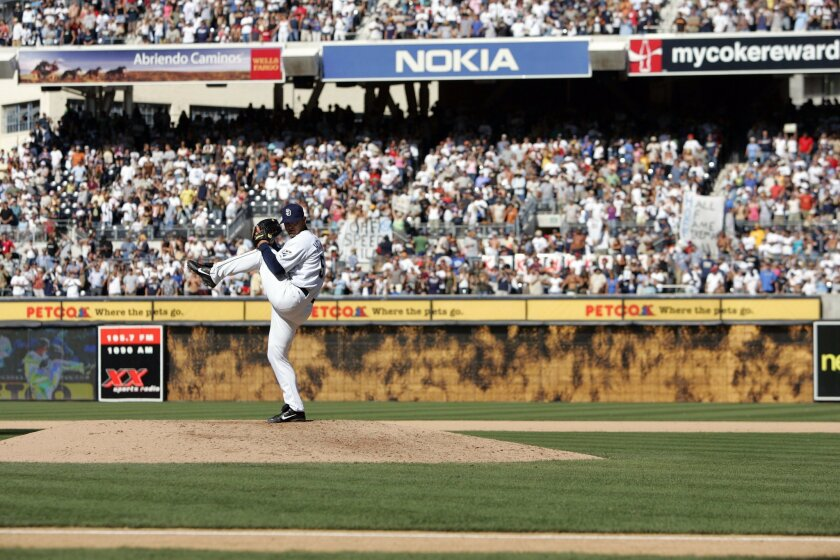 Trevor Hoffman's 479th save looked and sounded like a lot of his others.