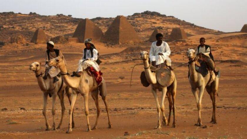 Las pirámides del sitio arqueológico de Meroe se encuentran a 300 kilómetros al norte de la capital sudanesa Jartum.