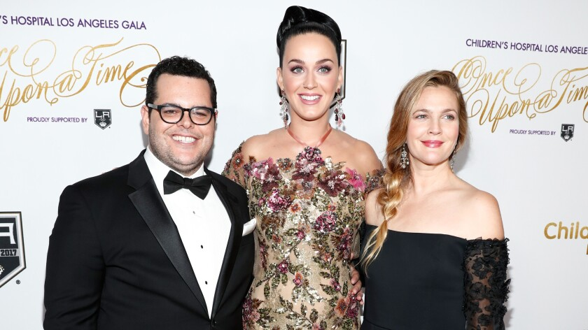 Josh Gad Katy Perry and Drew Barrymore