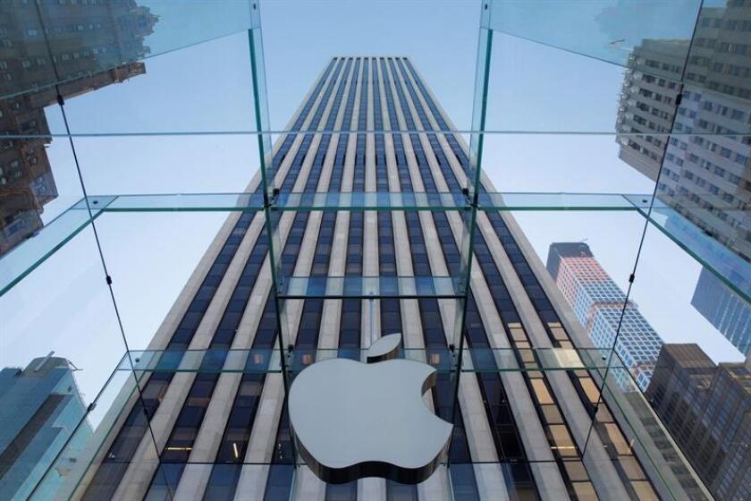 Las compañías Apple, Nike o Uber figuran entre las más de cien empresas con cuentas en paraísos fiscales, cuyas prácticas han salido a la luz en el marco de una investigación periodística fruto de una colaboración internacional que fue publicada hoy por diversos medios. EFE/EPA/ARCHIVO