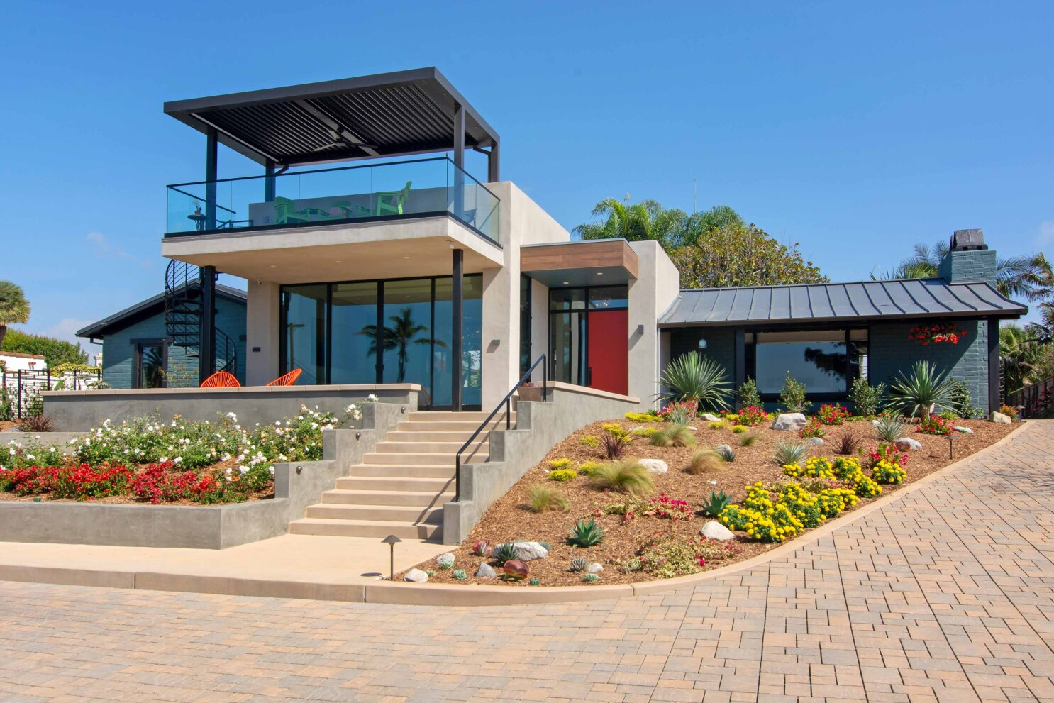 Oct. 12 home tour showcases modern architecture