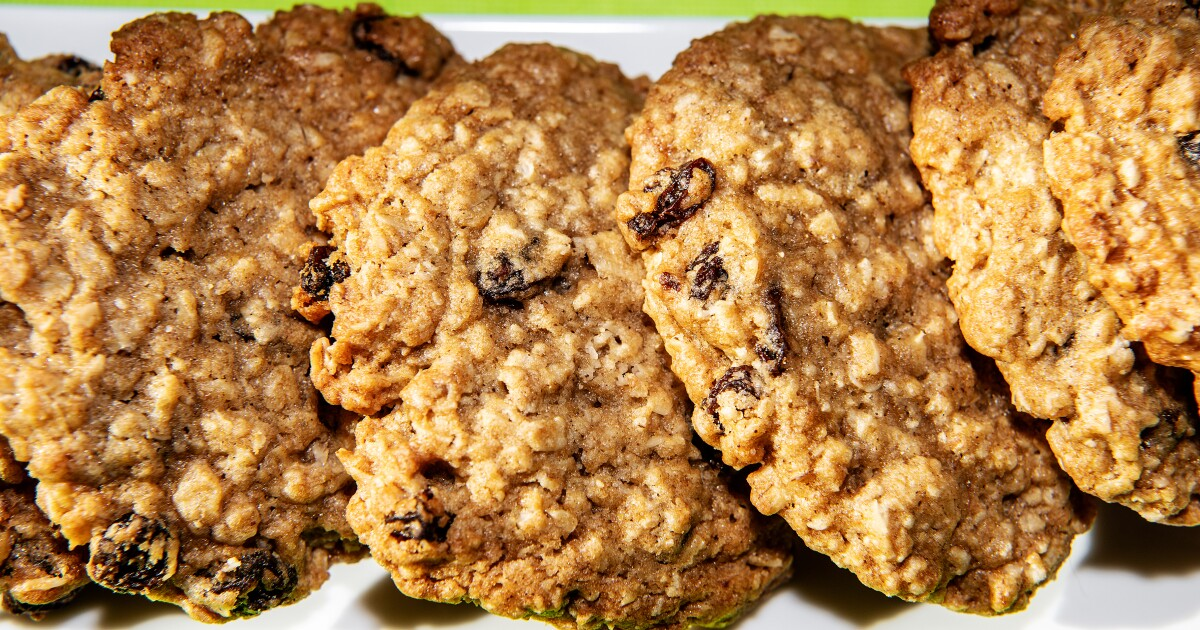 A beloved L.A. bakery gave us the best oatmeal raisin cookie formula