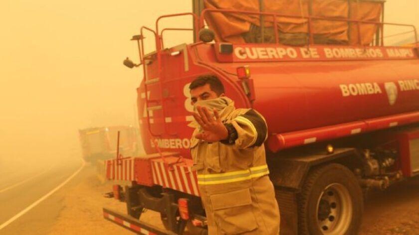 Los números son alarmantes, las imágenes desgarradoras: Chile enfrenta el peor desastre forestal de su historia.