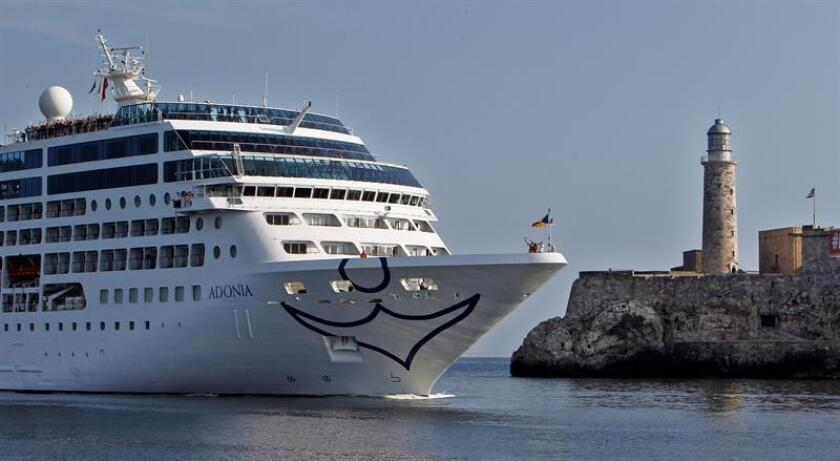 """La línea de cruceros Princess, subsidiaria de Carnival, aceptó su culpabilidad en un caso de contaminación marina y deberá pagar 40 millones de dólares de multa, la """"mayor"""" para este tipo de daños ambientales, informó hoy la Fiscalía de Estados Unidos. EFE/Archivo"""