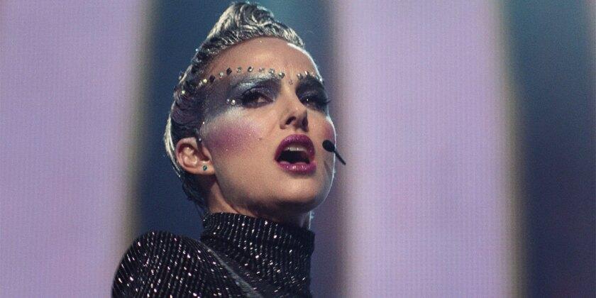 """La celebrada Natalie Portman interpreta a una cantante famosa en la inquietante cinta """"Vox Lux""""."""