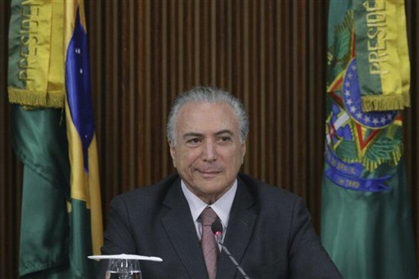 El gobernador del estado de Tocantins, Marcelo Miranda, del gobernante Partido del Movimiento Democrático Brasileño (PMDB), es uno de los objetivos de la Policía Federal en el marco de una operación iniciada hoy contra 108 personas acusadas de delitos contra la administración pública y lavado de dinero.