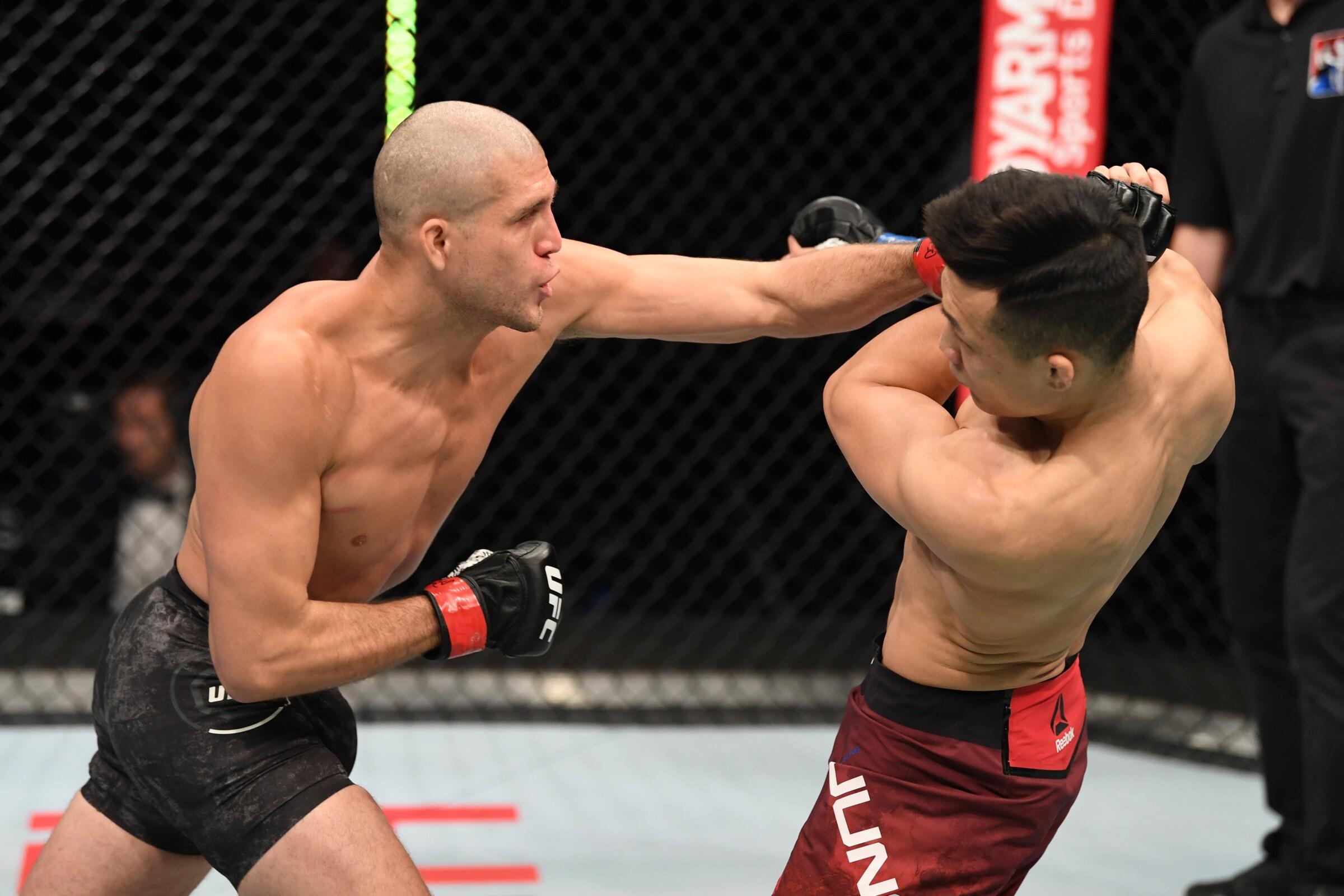 Brian Ortega vence a The Korean Zormbie por decisión en UFC Fight Night.