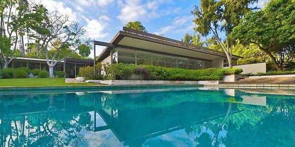 Richard Neutra-designed Kronish house in Beverly Hills