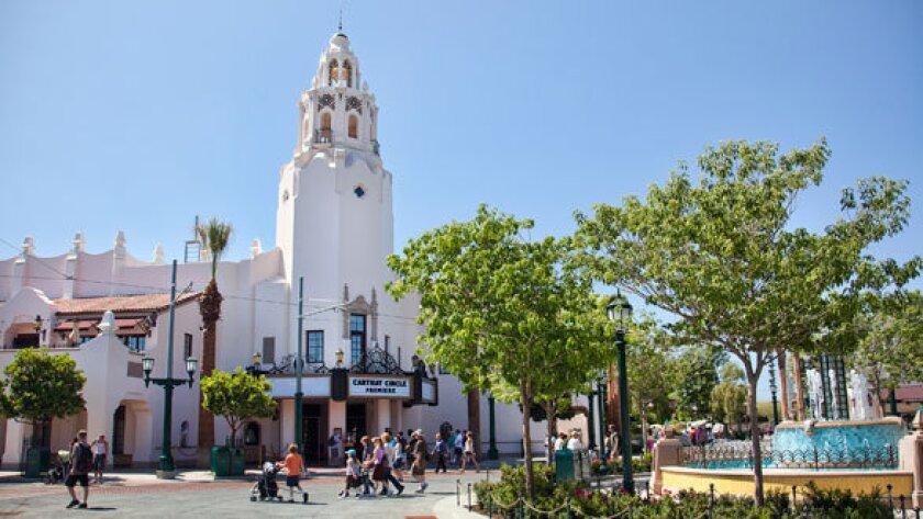 Review: Buena Vista Street lets visitors walk in Walt Disney's shoes