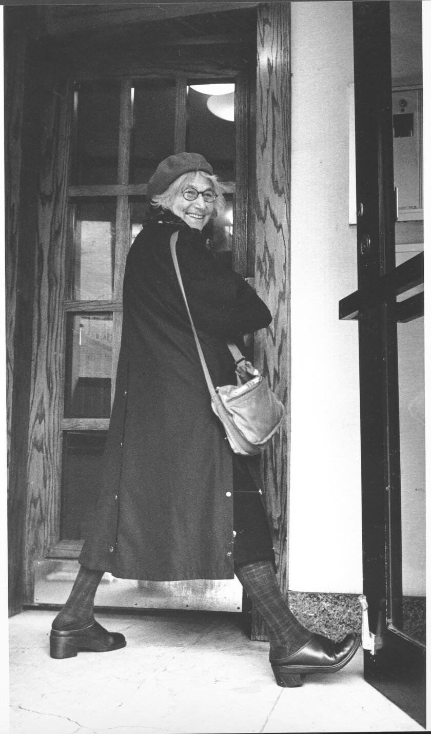 Vera Williams dies at 88