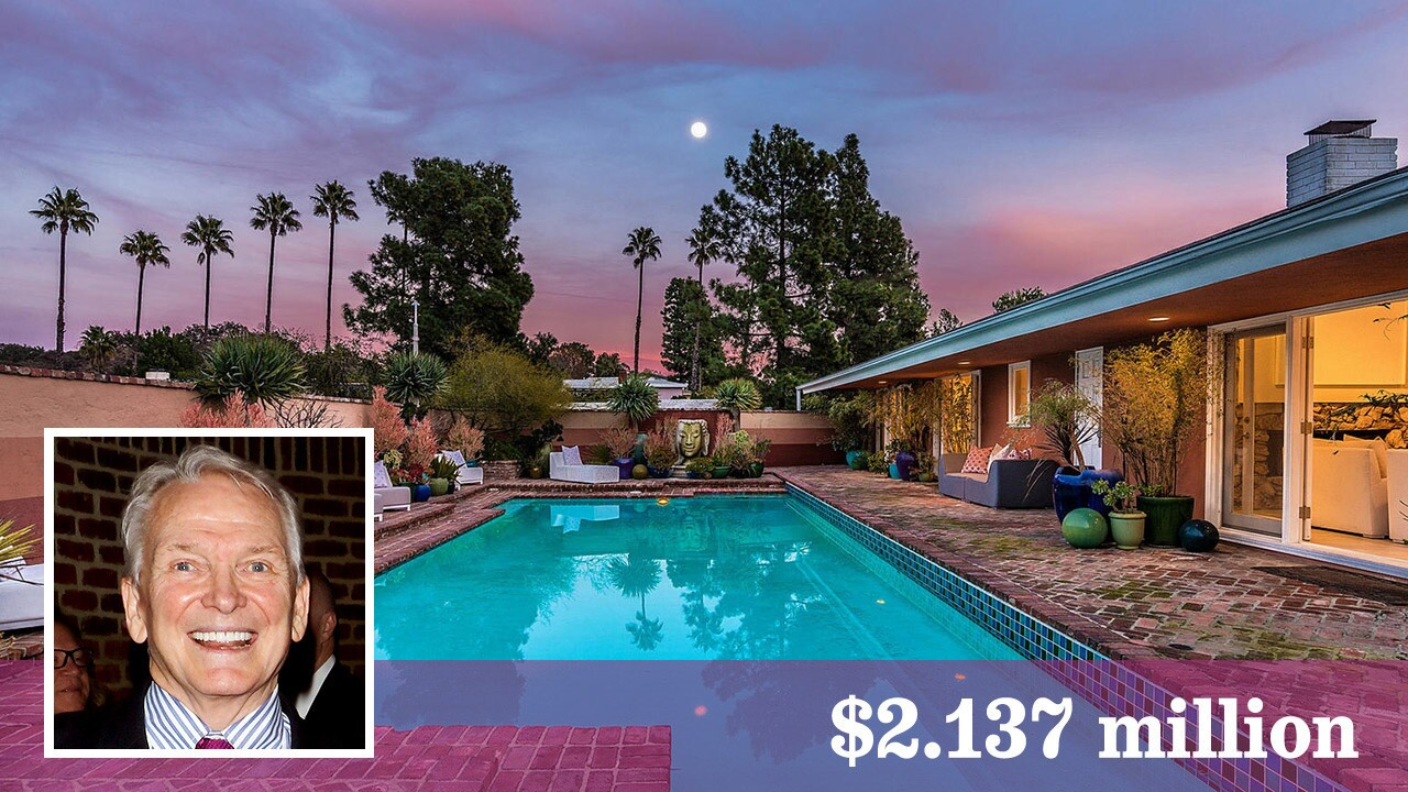 Fashion Designer Bob Mackie Sells His Simply 60s House In Hollywood Hills West Los Angeles Times