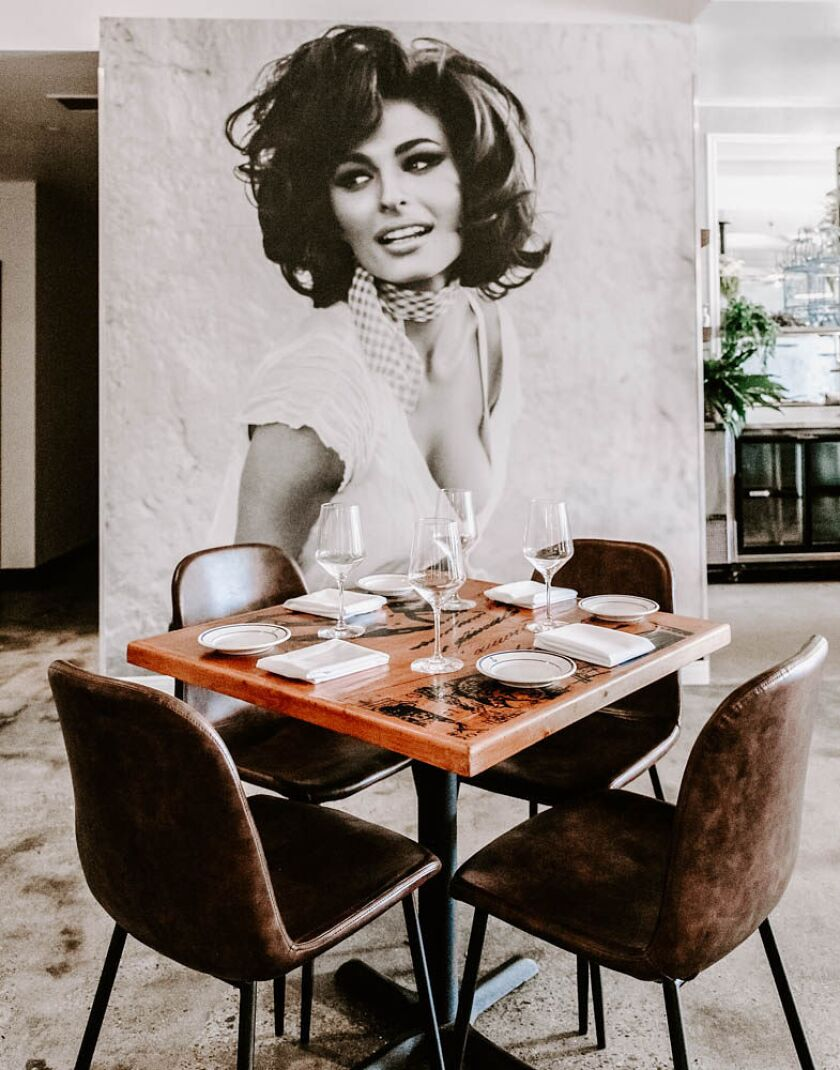 Siamo Napoli gives Naples' most famous native daughter, Sophia Loren, her due.