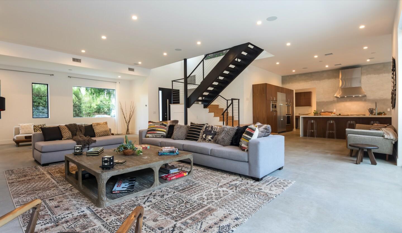 Reza Safinia's architectural home   Hot Property