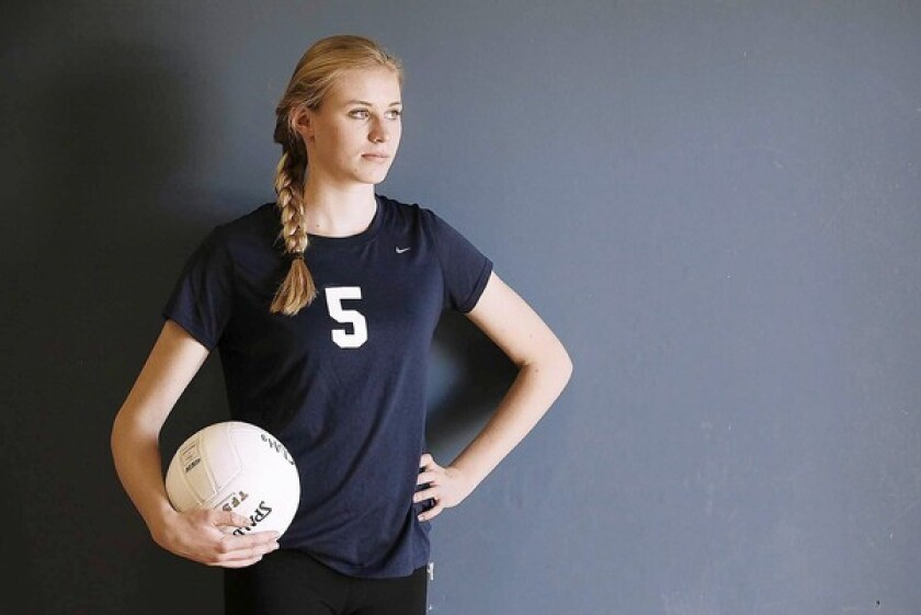 Corona del Mar High sophomore Hayley Hodson is the Daily Pilot High School Athlete of the Week.