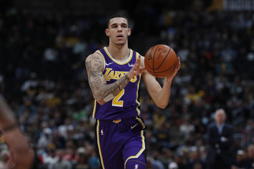 Los Angeles Lakers guard Lonzo Ball (2), r m