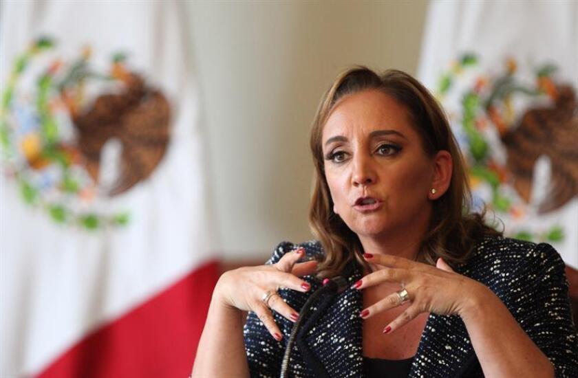 La secretaria general del PRI y excanciller Claudia Ruiz Massieu se reunió con el secretario general de la OEA, Luis Almagro, en la sede del organismo en Washington. EFE/Archivo